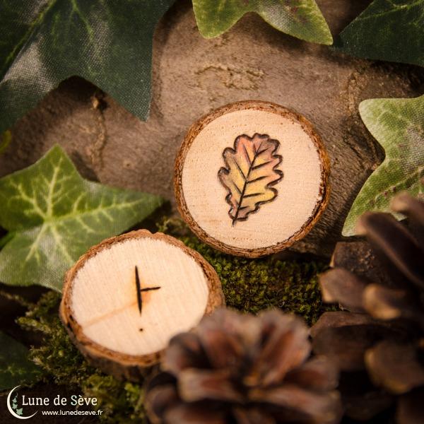 """Jeu d'oghams sur tranches de bois """"Dair"""", motif feuille de chêne"""