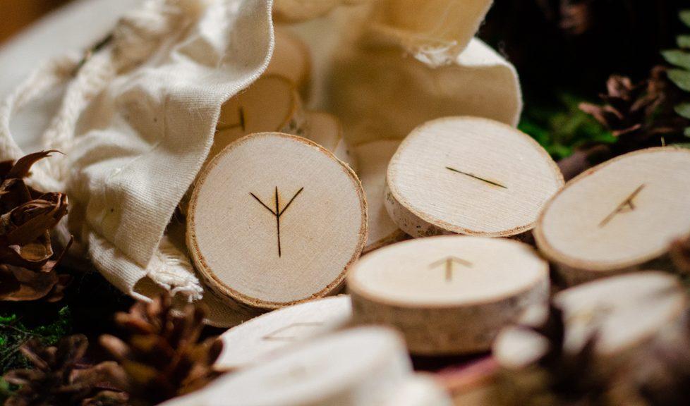 Classic wooden Rune set