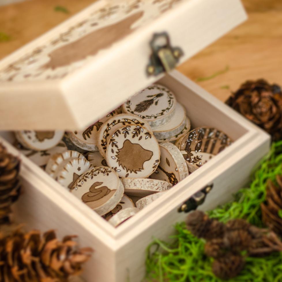 Wooden Wildera Lenormand - Bear Box - #31daysofwitchcraft